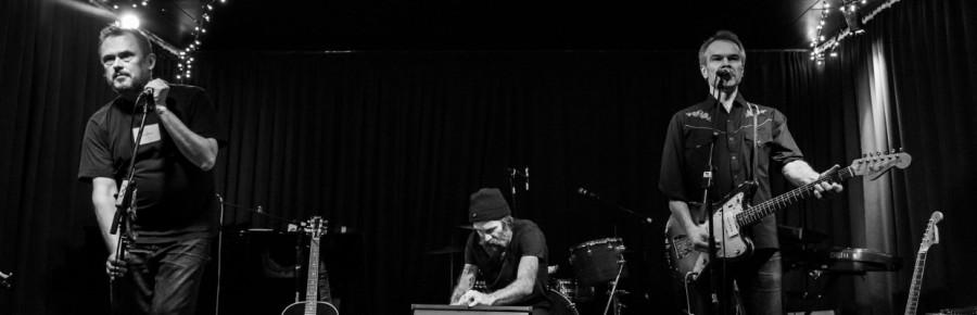 cropped-de-efterladte-live-2014-300dpi-niels-fabc3a6k.jpg